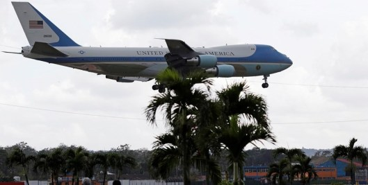 Air_force_one_3