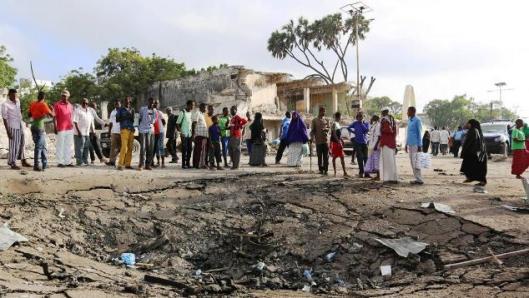 Somalia_cratera_bomba