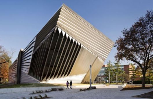 Zaha-Hadid-museu-michigan