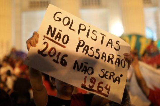 Brasil_manifestacao_dilma_2