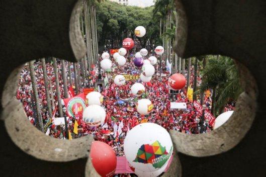 Brasil_manifestacao_dilma_4