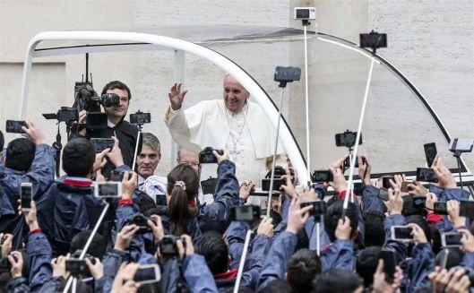 Papa-francisco-telemoveis
