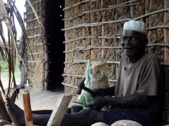 Artesão-palma-moçambique